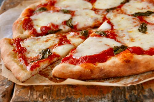 My quest for the perfect Pizza Margherita - EntertainingCouple.com