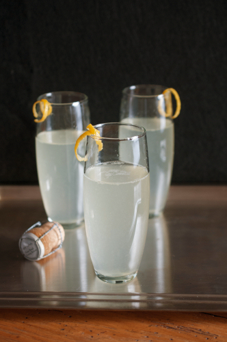 The Bartender Suggests a Cocktail for New Year's Eve:  The French 75