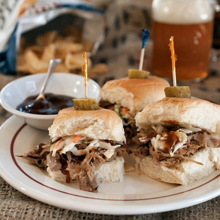 Pulled Pork Sliders – A Game Day Crowd Pleaser
