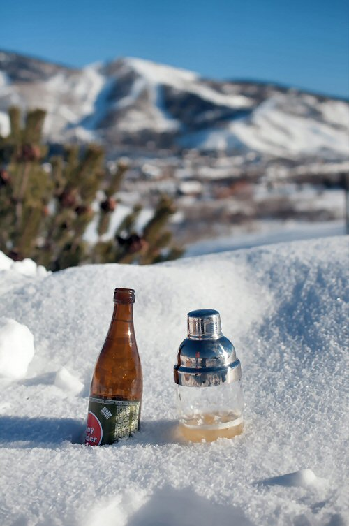 Après Ski Drinks in the Snow