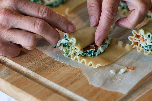 Rolling Lasagna Bites