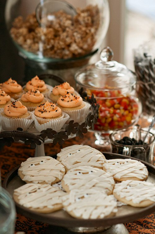Halloween Cupcakes and Cookies