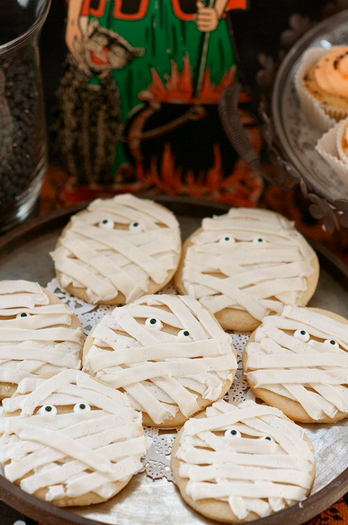 Mummy Cookies