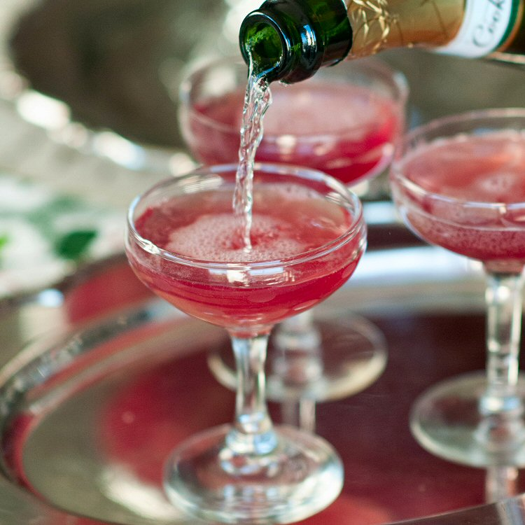 Holiday Punch – Champagne, Cranberries, and Spiced Simple Syrup
