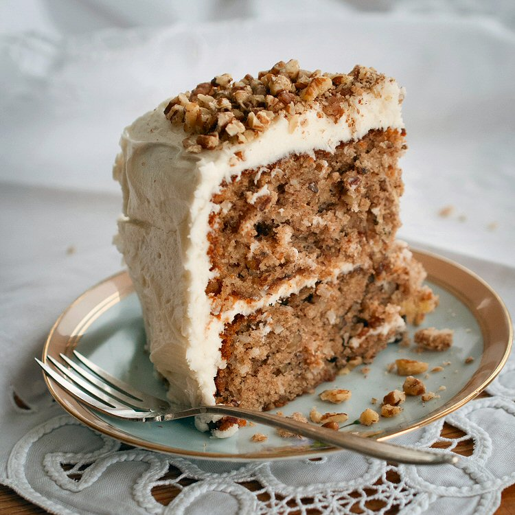 Hummingbird Cake (Just a Funny Name – No Birds Were Harmed)